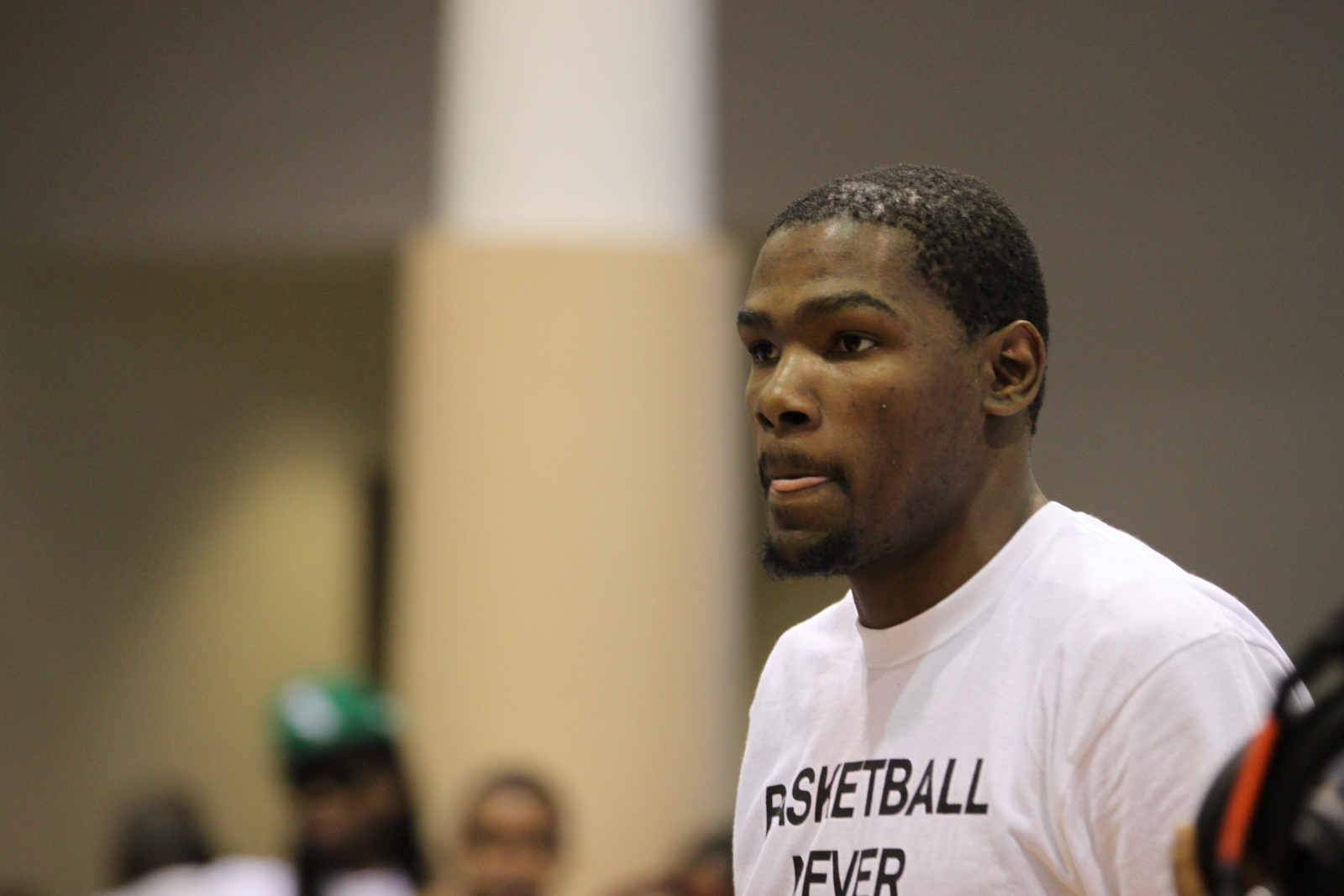 Kevin durant s oklahoma city restaurant is getting trashed for Kd s restaurant