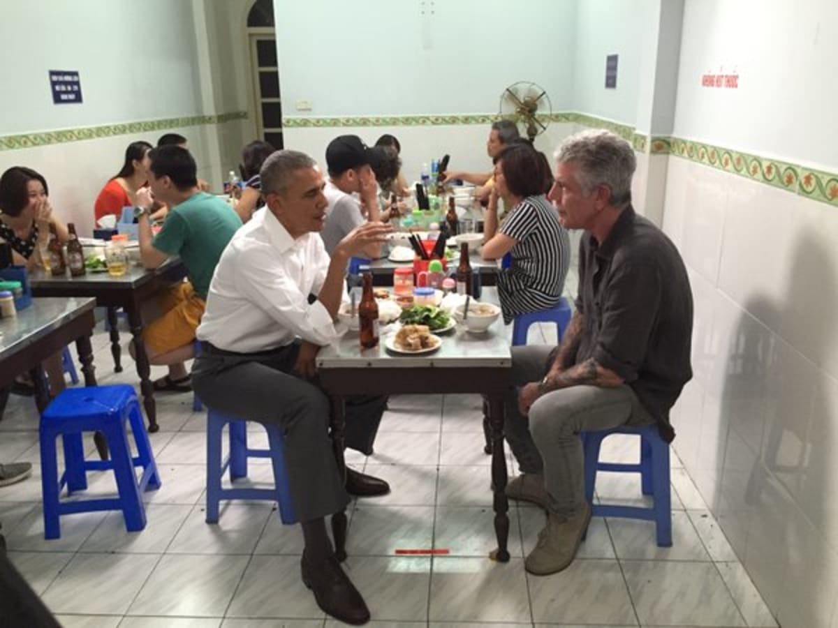 People Cried Tears of Joy Because Obama Ate Noodles with Anthony Bourdain