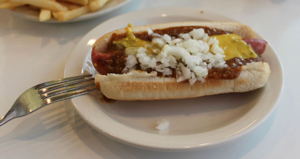 Franks Auto Parts >> United States of Franks: A Guide to Regional American Hot Dog Styles | First We Feast