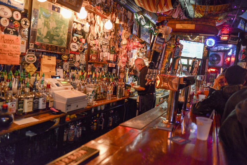 19 Bucket List Dive Bars To Try Before You Die First We