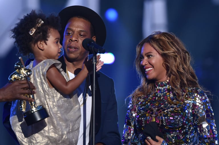 Superb Watch Blue Ivy Sneak A Taste Of Beyonces Cake During Her Soul Personalised Birthday Cards Veneteletsinfo
